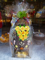 Frohe Ostern-happy easter (Anke knipst) Tags: cake sevilla spain egg ostern ei spanien kuchen lacampana