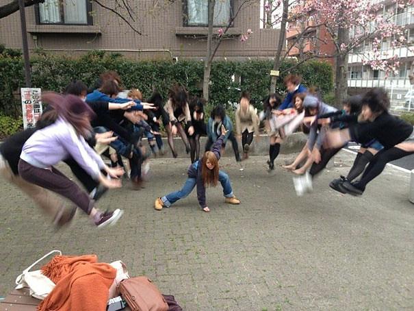 makankosappo-japanese-schoolgirls-dbz-energy-attacks-1