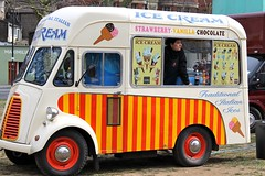 "Ice Cream • <a style=""font-size:0.8em;"" href=""http://www.flickr.com/photos/89972965@N03/8644352099/"" target=""_blank"">View on Flickr</a>"