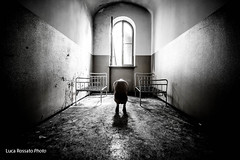 Solitude (Funky64 (www.lucarossato.com)) Tags: old man abandoned hospital back bed decay uomo asylum manicomio schiena pazzo nudo letti solitudine abbandono pazzia dramma angoscia funky64 lucarossatocom