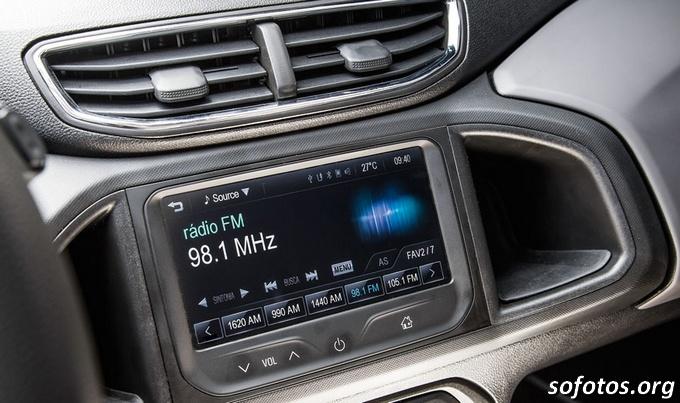 Chevrolet Onix central multimídia
