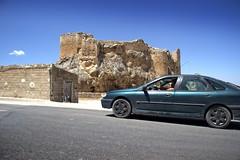 Fast quiet (keko click) Tags: car coche castillo castle jan bedmar
