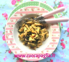 Pasta di konjac con alghe e tofu (Cuoca Paglia) Tags: konjac alghe kombu wakame agar nori hijiki soia sesamo gomasio tofu aglio peperoncino pasta di dulse