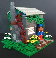 Walter Walrus' Cottage (askansbricks) Tags: lego legomoc creator architecture fabuland legofabuland