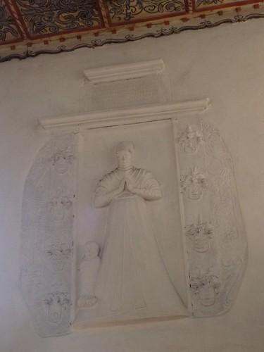 Epitafium w północnej ścianie nawy kościoła św. Anny w Kłaczynie