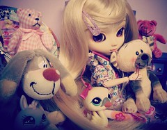 Trouve la Pullip 8D (Kaly-The-Rainbow) Tags: outfit eyes purple natural violet s lila wig blonde rubia cancan pullip custo claires coolcat loona obitsu eyechips papin jseries 25cm