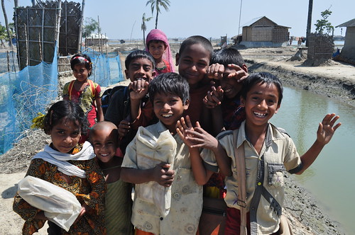 Kids in Shyamnagar Upazila, Bangladesh. Photo by Sami A. Khan, 2012.