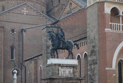 Donatello, Gattamelata (right) against il Santo