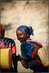 IMG_0050 ( Jean-Yves JUGUET ) Tags: africa portrait people woman man canon photography faces jean african tribal valley tribes afrika yves ethiopia  ethnic minority karo mursi hamar tribo hamer ethnology tribu omo  ethiopie oromo ethnique konso ethnies juguet tsemay minorit omo