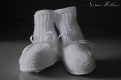 La mia dolce attesa (Noemi Mellano) Tags: biancoenero bambina gravidanza vestiti neonato scarpine dolceattesa