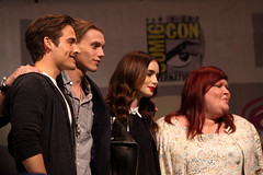 Kevin Zegers, Jamie Campbell Bower, Lily Collins & Cassandra Clare (Gage Skidmore) Tags: california city kevin clare lily jamie center convention bones cassandra anaheim instruments campbell collins bower mortal wondercon zegers 2013