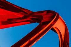 Le mouvement de la faucille / The movement of the sickle (fidgi) Tags: blue red sculpture paris art canon rouge bleu ladéfense alexandercalder laraignéerouge theredspider canoneos7d