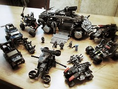 Wagon Circle (JASKFAM1) Tags: max car truck mod force tank lego offroad 4x4 zombie critter military attack apocalypse scout cargo special galaxy modified operations trophy shield baja mad custom apc hummer humvee madmax bounty armored carrier patrol swat ops avengers pos