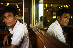 Man in the Mirror (van*yuen) Tags: leica man colour mirror cambodia documentary summicron phnompenh m9 352 leicam summicron352asph leicam9 april2013