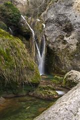 urederra (7) (orko_eh) Tags: rio river waterfall zb d200 cascade euskalherria basquecountry paisvasco navarre gave navarra cascada paysbasque ibaia nafarroa urederra urjauzia orkoeh josugaintza