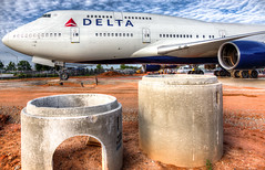 Delta Air Lines 747-400 - Delta Flight Museum (Ron Raffety) Tags: n661us ship6301 747 747400 boeing747 boeing747400 deltaairlines delta747 delta747400 deltaship6301 deltan661us deltaflightmuseum ronraffety ronraffetyphotographforhobby ronraffetyphotography hdr ronraffetyhdr ronraffetyhdrphotography historic747 queenoftheskies