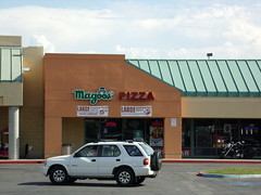Magoo's Pizza Bakersfield, CA (COOLCAT433) Tags: magoos pizza 1129 olive dr bakersfield ca