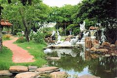 The Ramayana Garden, the Ancient City, Muang Boran, Samut Prakan Province, Thailand. (samurai2565) Tags: samutprakan samutprakanprovince thailand ancientsiam ancientcity muangboran sukhumvitroad bangkok lekviriyaphant bangpu