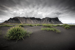 Vestrahorn (Justin Sharer) Tags: hofn vestrahorn ring road iceland leefilters 9ndgradhard grass sand black mountain clouds canon 5dmarkiii 1635mm