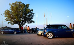 VW Passat & Mini Cooper S (Paul.Z.Foto) Tags: jdm lt jdmlt lab lab16 low bass lowasbass stance stancelv lv latvia riga 2016 japanese japan auto car bil vehicle automobile automotive people trip voyage journey convoy cars bus accident boom bam time less works timeless timelessworks photo foto photograph photography pic picture image shot shoot morning outside day daylight daytime outdoors clear sky skies blue summer nice weather sunlight sun petrol station filling gas