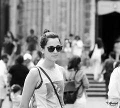Almas extraas (Eibar10- Street photographer) Tags: 85mm blackandwhite blancoynegro candid d7000 donosti monochrome streetportrait street streetphoto