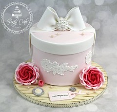 Vintage Hatbox Birthday Cake With Crystal Bow And Roses. (Ponty Carlo cakes) Tags: birthdaycake bling cake cameo cardiff crystals ganache hatbox lace pearls pink pontycarlocakes pontypridd rose rosebuds roses sharpedge vintage
