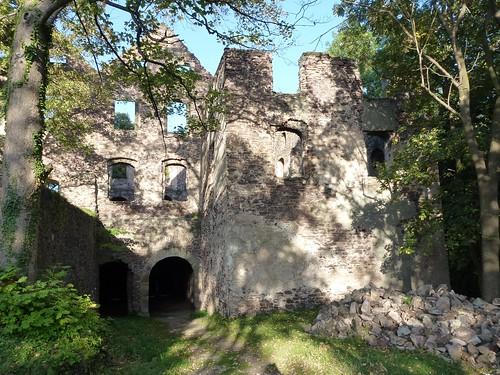 Skrzydło wschodnie zamku Świny od wewnątrz