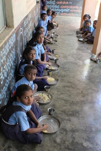 Mid-day meals in Karnataka, India