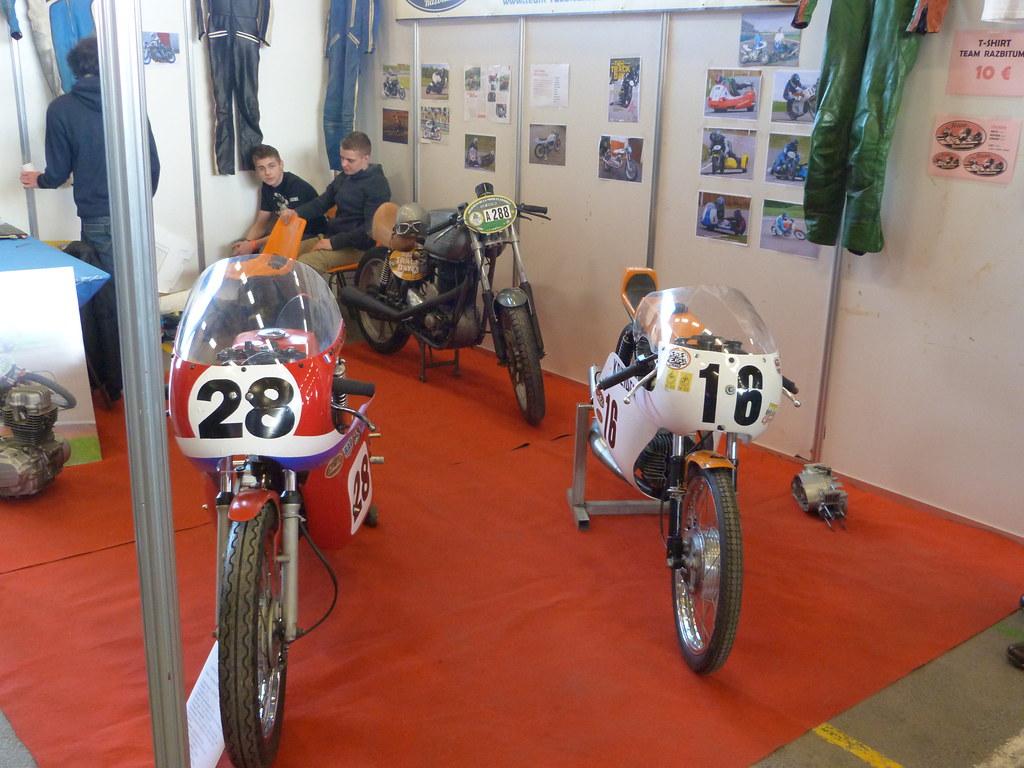 The world 39 s best photos by team razbitume flickr hive mind for Salon moto charleville