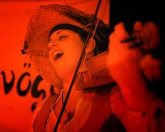 Die Galgenvgel & Guests (Arthur Koek) Tags: germany deutschland folk stage livemusic medieval violin tavern nrw tack taverne violine mittelalter galgenvoegel solingengrfrath diegalgenvgel mittelaltertaverne tackamcentral wuppertalerstrasse cadavandenkroog