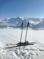 skiing in Lenzerheide (ennarennid) Tags: blue sky mountain snow ski switzerland amazing view lenzerheide rothorn