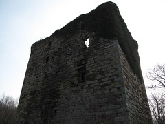 Fairlie Castle 1 (TACT_Yesterd@ys) Tags: tower castle heritage history ruin yesterdays tact ayrshire fairlie northayrshire fairliecastle northayrshirecouncil yesterdys theayrshirecommunitytrust
