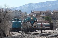 FP7 & GP7 (twm1340) Tags: county railroad arizona verde train gm central az canyon passenger hopper freight vcr bulk fp7 verdevalley clarkdale verdecanyon yavapai 1510 emd 1512 2013 vcrr azcr