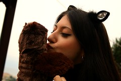 ... and then she kisses me, and i am happy again!   -4- (Teteel) Tags: love girl smile kiss owl handpuppet