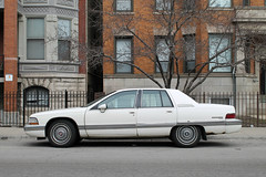 Master Of The Road (Flint Foto Factory) Tags: city urban white chicago brick car sedan march illinois buick spring rust gm apartments afternoon side sunday profile north 1996 platform rusty fremont 1993 1991 1992 1995 1994 addison lakeview condominiums wrigleyville wilton fullsize generalmotors boystown roadmaster rwd 4door northalsted worldcars bbody