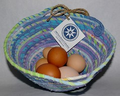"Small Egg Basket #0090 • <a style=""font-size:0.8em;"" href=""http://www.flickr.com/photos/54958436@N05/8588414637/"" target=""_blank"">View on Flickr</a>"