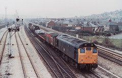 25060 7C05 1150 Moreton On Lugg - Severn Tunnel Junction at East Usk, Newport 23.02.1984 (The Cwmbran Creature.) Tags: rail class 25 british
