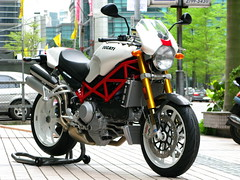 IMG_3838 (Ace's photo gallery) Tags: monster canon motorbike ducati g9 s4rs