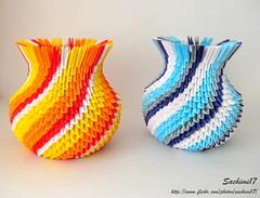 2 more Small Vases (sachimi17) Tags: desktop blue summer yellow table origami top vase modularorigami officedecor pe