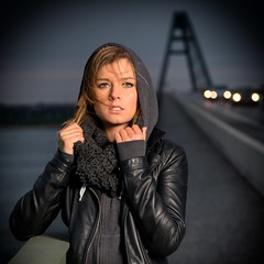 Auf der Reise (dubdream) Tags: road bridge portrait sky people woman girl beautiful beauty car fashion female germany nikon day outdoor flash schleswigholstein fehmarnsund beautifulgirl d800 colorimage fehmarnsundbrcke strobistinfo fehmarnsound dubdream