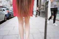 Sans titre (Guy Le Guiff) Tags: streetphotography street strada rue color paris argzntique film gimme riot grime poeteother soul world stadium unposed hair woman living obvious 365 cura c cspa gun epic usp flaneurs drug grub new pariss sniff fight tesp tulips frame