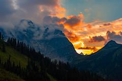 Cloud Breaker (DOKTOR WAUMIAU) Tags: nikon d7200 ishootraw vscofilm lightroom sunset sundown redlight dawn 35mm karwendelgebirge sterreich austria landscape