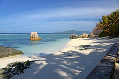 DSC_2351b La Digue, Seychelles: Anse Source d'Argent (wanderlust  traveler) Tags: ocean africa blue sea panorama nature landscape island rocks paradise palmtree tropical seychelles ladigue torquoise