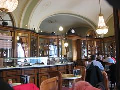 IMG_7963 (SeppoU) Tags: unkari magyarország hungary budapest turisti tourist näpsy snapshot copyleftby seppouusitupa kahvilacafé kuppilacoupé canon powershots5is
