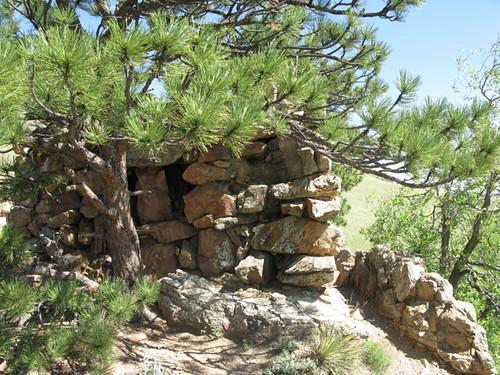 Photo - Sanitas Stone Shelter