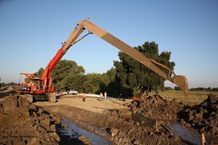 Koehring 1466 long reach excavator (RyanP77) Tags: wall construction equipment excavator excavating slurry 1466 koehring