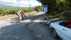 Picnic Mont Ventoux (duettonut) Tags: california france bicycle spider picnic raw 1750 alfaromeo velo europetour montventoux duetto coureur