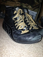 All black gables (rdwrestler) Tags: old school black classic dan gold shoes all wrestling used size worn tigers asics gables 75 rare laces gable condition