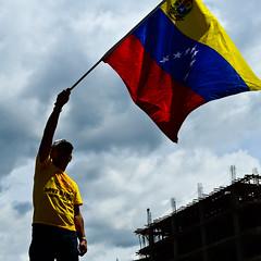 Venezuela (Isabel Bonnet) Tags: se camino si caracas un hay 06 70 junio chavez 07 henrique futuro 2012 marcha elecciones puede maduro 14a oposicion capriles 2013 radonski yosoyvenezolano yosoyprogresista yosoymovilizador