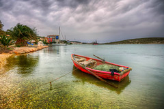 A red (Nejdet Duzen) Tags: trip travel sea vacation cloud holiday turkey boat surf yacht trkiye deniz sandal yat izmir bulut tatil turkei seyahat alaat eme alaatport